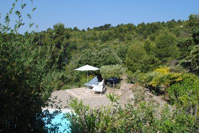 piscine et jacuzzi  vue tranquillité calme espace