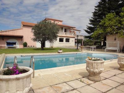 LA COUSTONNE, grande maison avec piscine privée