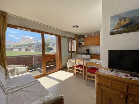 Appartement exposé sud-est belle vue montagne