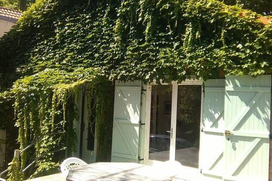 Maison coquette avec jardin à 10' de Paris