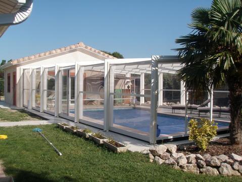 L'Olivier Tropical piscine, couverte, spa, sauna