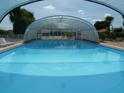 Chalet piscine chauffée couverte & vélos