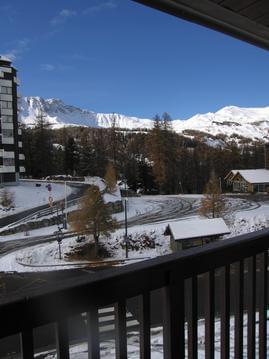 Appartement avec balcon vue sur montagne et pistes