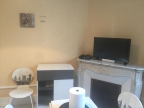 studio hyper centre 17 m2 proche thermes callou
