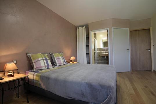 chambre grand lit pour 2