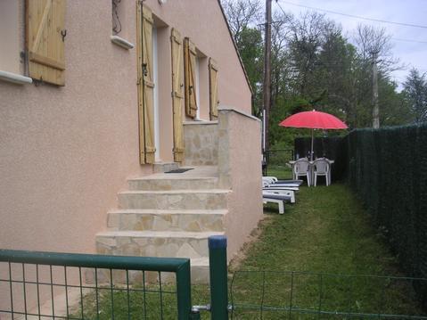 Gîte coquelicot en Ardèche Méridionale.