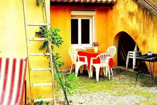 Logement entier en pleine nature en Haute Provence