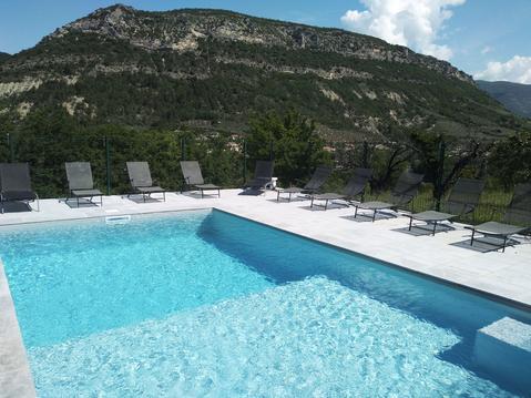 Mas de charme en Provence avec sa piscine chauffée