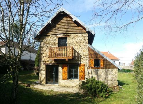 Maison de charme dans petit village au pied du Mon