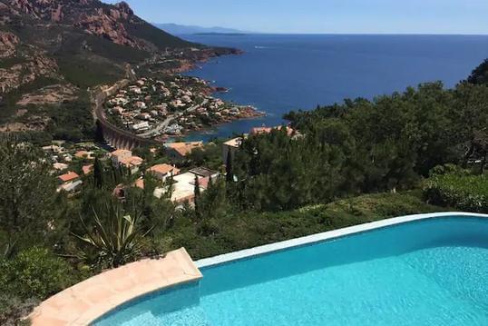 Très belle villa 6 personnes, piscine et vue mer