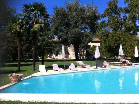 La Bastide- maison privée 12/13 pers - piscine - 2