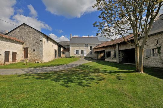 Gite 7 pers Guimapé visite Touraine et chateaux .