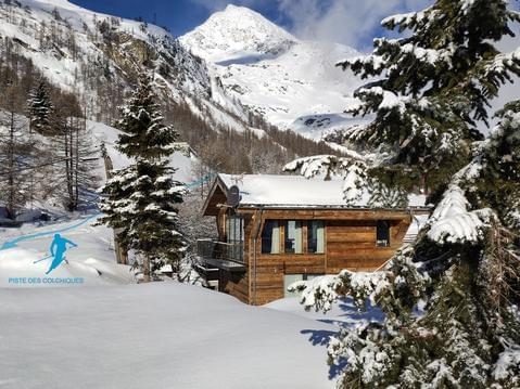Chalet 4* skis aux pieds - hammam + jacuzzi