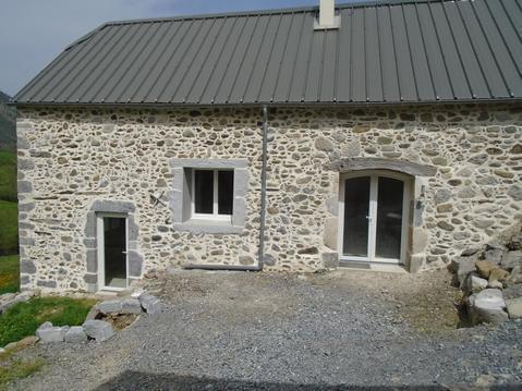 Ressourcement nature grange rénovée en Béarn 2 p.