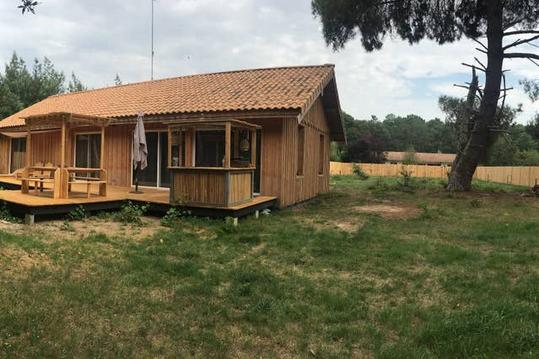 Maison bois Queyrac,grande terrasse,campagne&océan