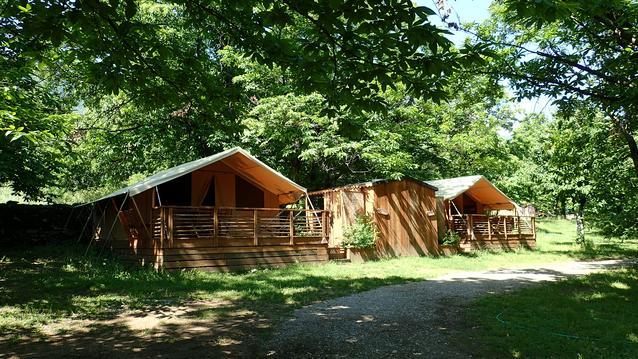 Lodges et Cabanes de La Châtaigneraie