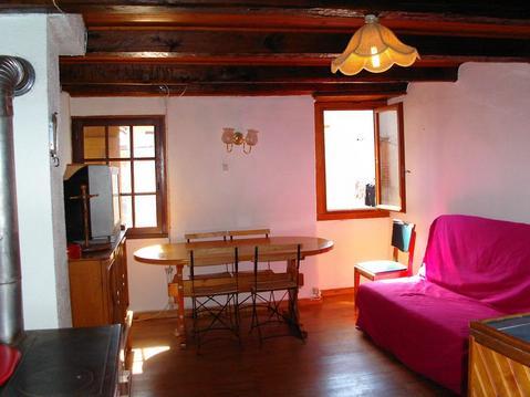 Appartement type chalet dans maison de village,