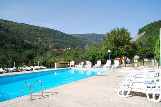 Gîte n°104 avec piscine - Résidence LES COGNAS