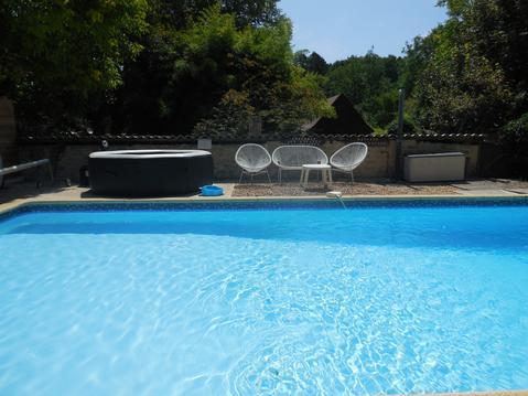 Gite 5 pers av piscine chauffée, SPA, parc & wifi