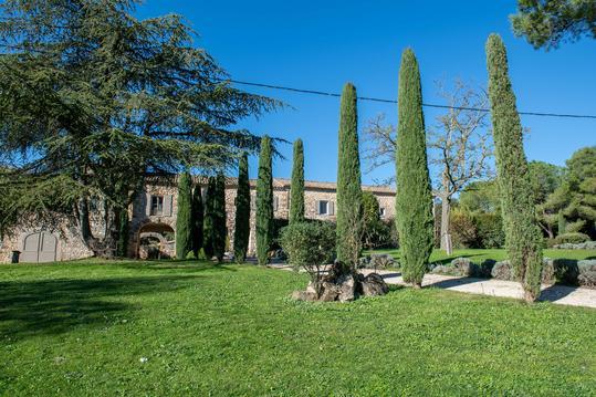 Gite de charme avec piscine en Provence