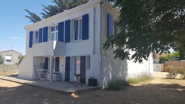 50 m accès plage- 4 chambres pour 14 personnes