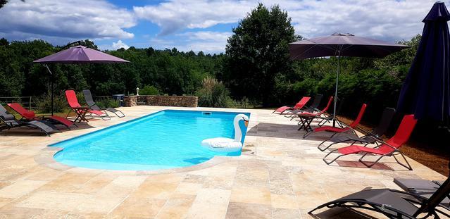 Gîte spacieux avec piscine chauffée Périgord noir
