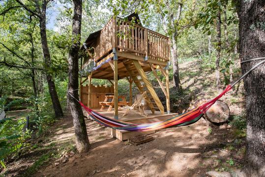 cabanes dans les arbres pour séjour en amoureux
