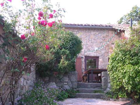 Chambres au gîte d'étape du Jal en Ardèche du Sud