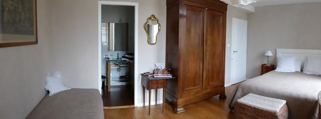 chambre triple Douce France avec petit déj